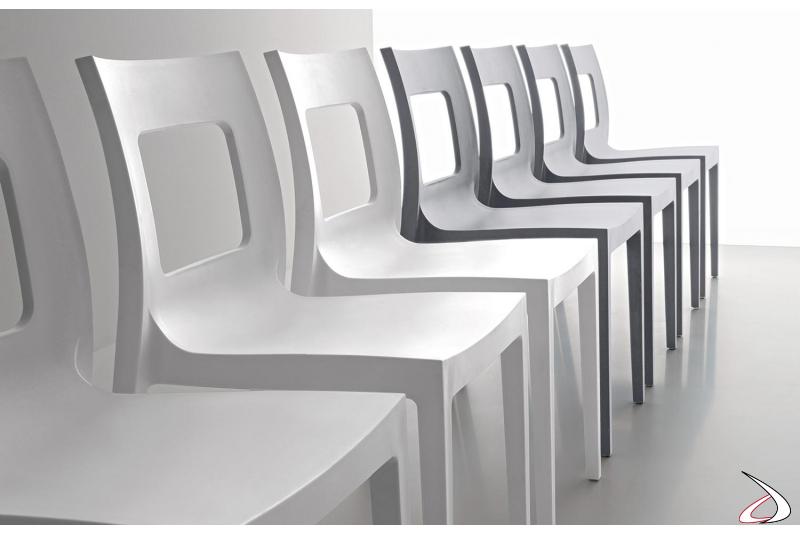 Sedia moderna con schienale forato impilabile in polipropilene