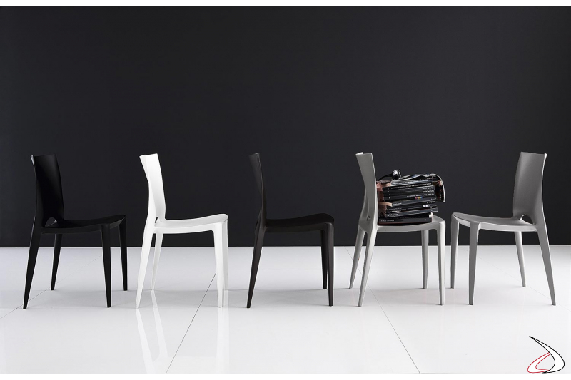 Sedia da cucina impilabile moderna in polirpopilene con schienale alto