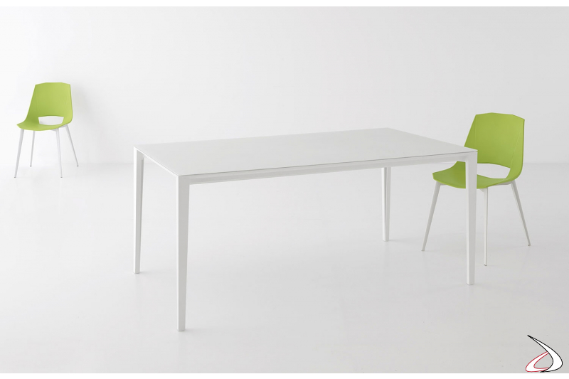 Tavolo bianco di design allungabile con piano in vetro extrabianco