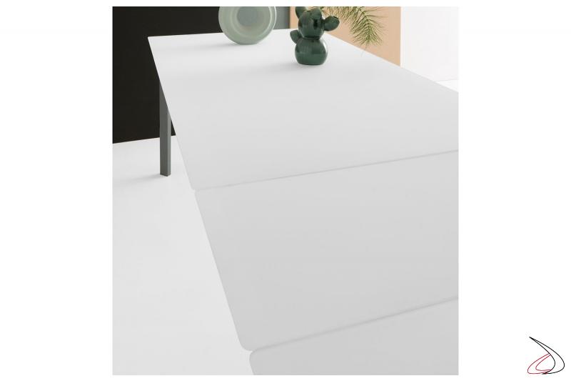 Tavolo moderno da soggiorno in vetro bianco con allunghe in vetro bianco
