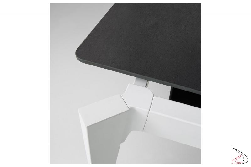 Tavolo soggiorno allungabile moderno con piano in ceramica pietra di savoia