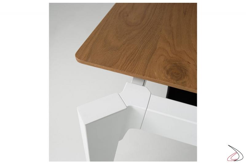 Tavolo soggiorno allungabile moderno con piano in impiallacciato rovere cotto
