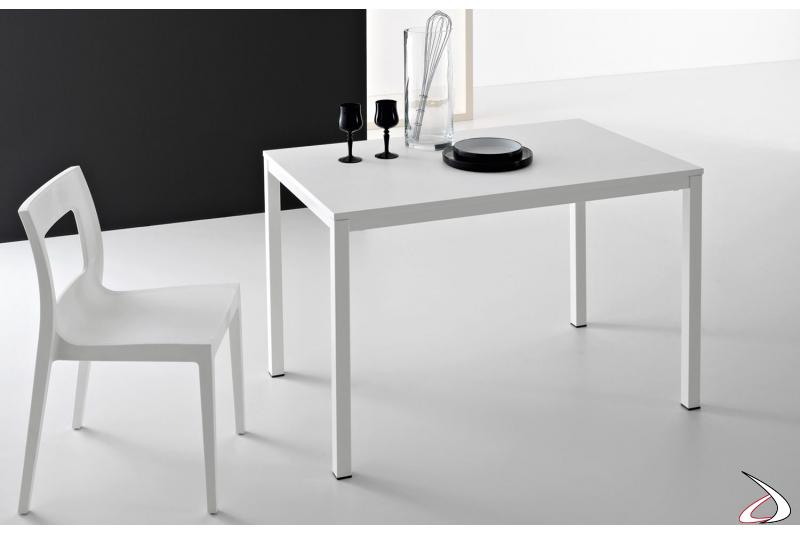 Tavolo piccolo economico da cucina allungabile con piano in melaminico bianco