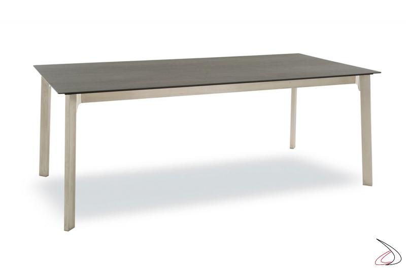 Tavolo in legno rovere grafite con 2 allunghe e gambe in acciaio verniciato tortora