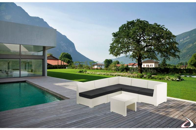 Poltrona angolare da bordo piscina bianca con cuscini antracite