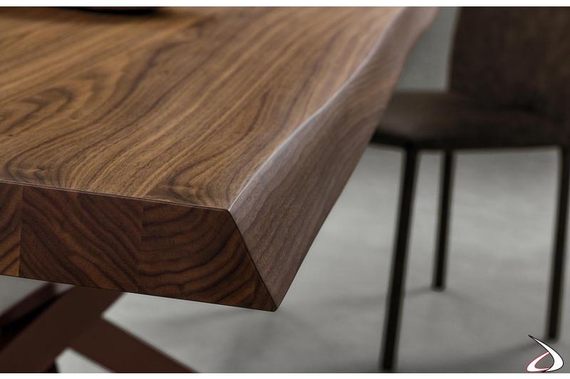 Tavolo in noce moderno da soggiorno con bordo scortecciato