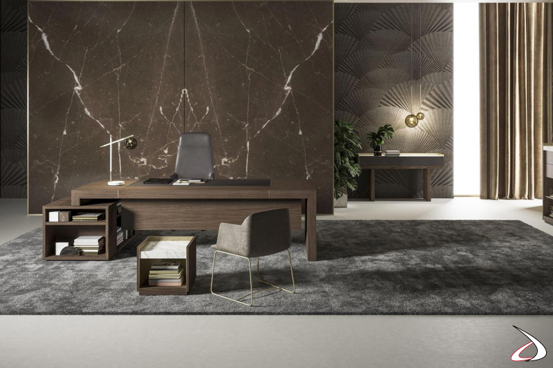 Scrivania ufficio moderna presidenziale ad angolo in legno noce canaletto con piano in pelle fiore