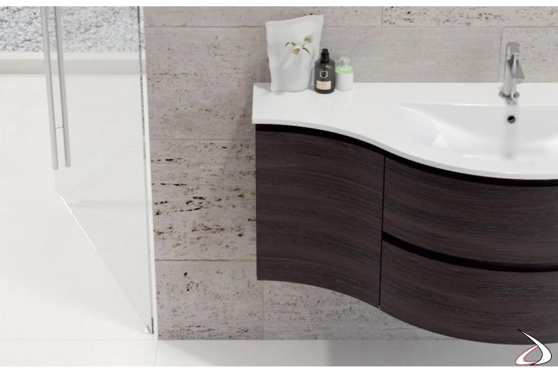 Bagno di design con base concava