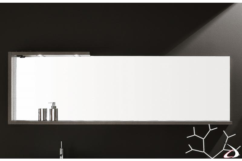 Specchio bagno moderno con cornice in legno uso mensola con luci led