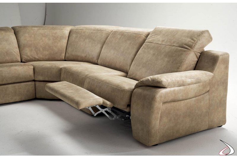 Divano angolare con recliner manuale