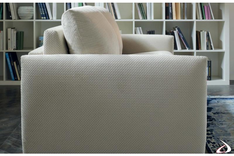 Divano letto design in tessuto o in similpelle