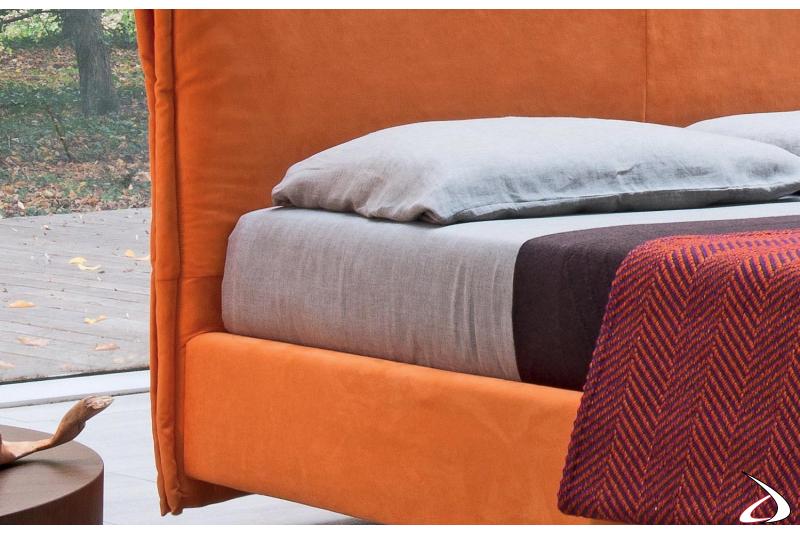 Letto 1 piazza e mezza in tessuto arancione