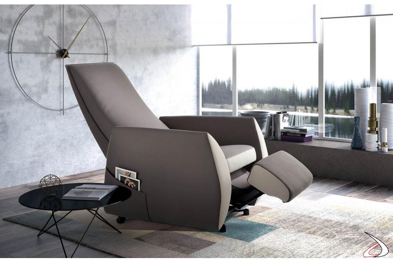 Poltrona relax di design meccanizzata
