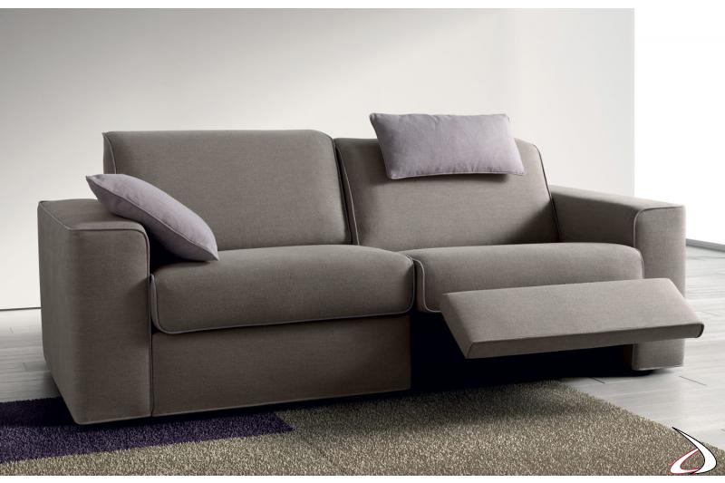 Divano due posti reclinabile con meccanismo relax
