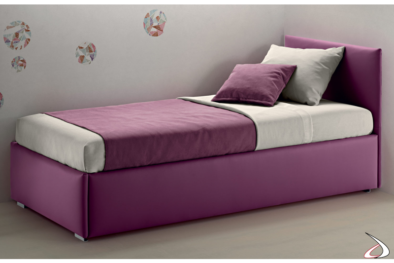 Single padded bed