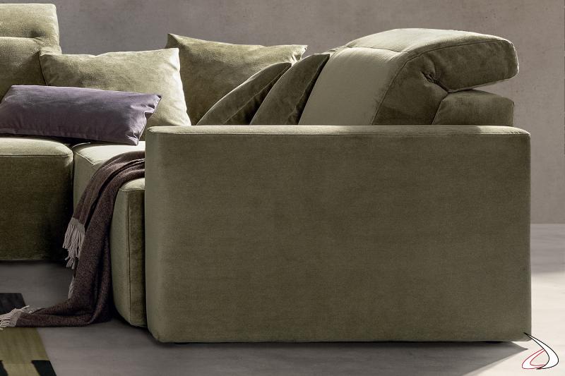 Poltrona imbottita moderno con seduta scorrevole e poggiatesta reclinabile