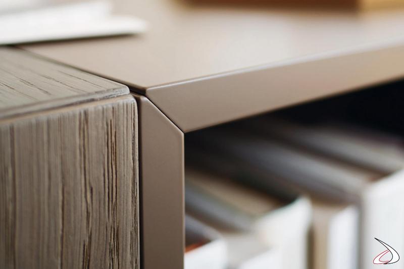 Credenza di design di alta qualità made in Italy e rifinita nel dettaglio