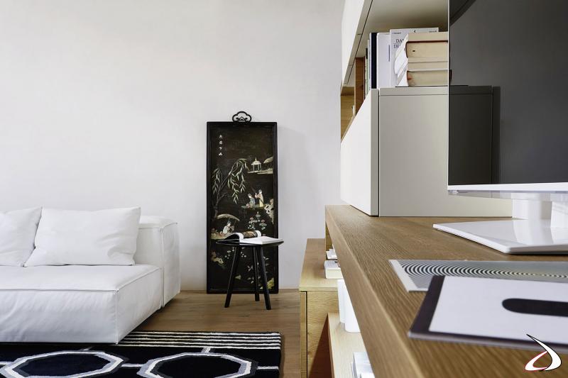 Mobile soggiorno di alta qualità realizzato in legno rovere nodato e in laccato opaco