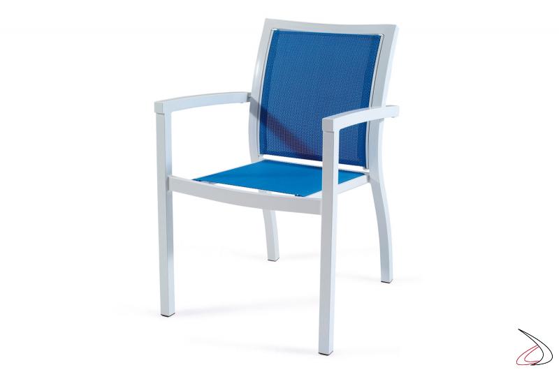 Sedia da veranda con seduta e schienale colore azzurro