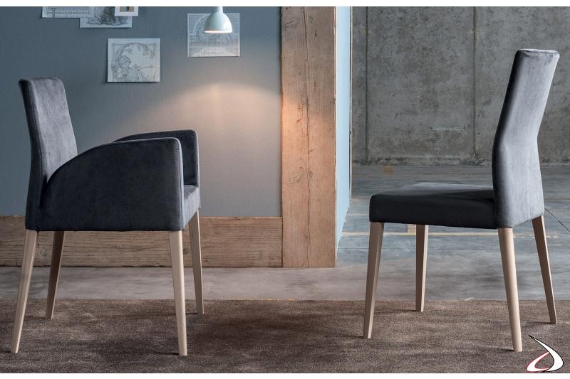 Poltroncina e sedia con schienale alto da pranzo