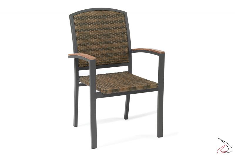 Sedia con schienale alto per arredo bar in colore caffé