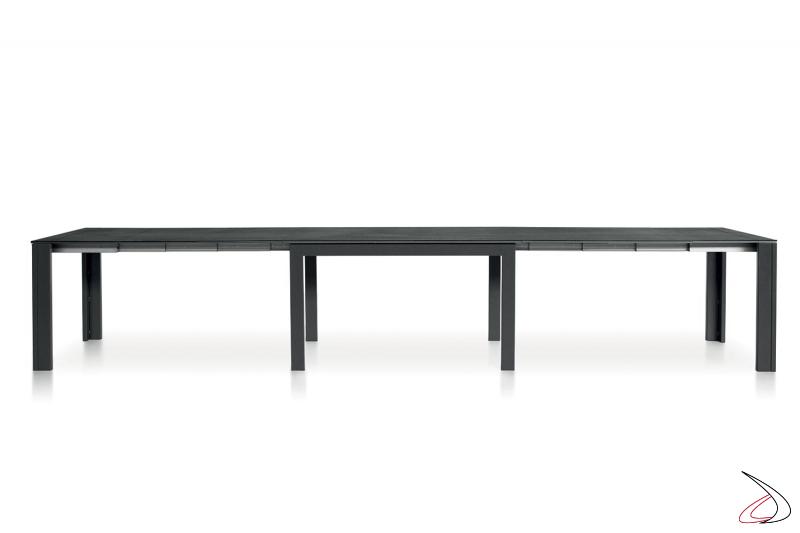 Tavolo moderno da soggiorno allungabile per 18 posti a sedere