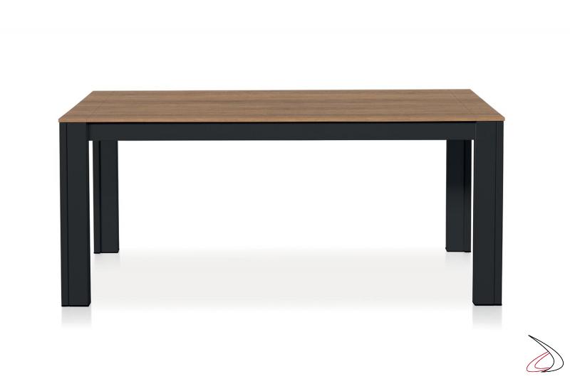 Tavolo moderno rettangolare in nobilitato allungabile fino a 5 metri