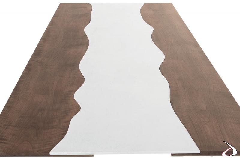 Tavolo fisso di design con piano in frassino tinto noce e ecomalta