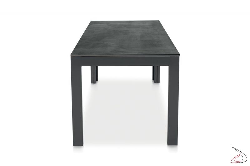 Tavolo rettangolare allungabile fino a 5 metri con piano in nobilitato