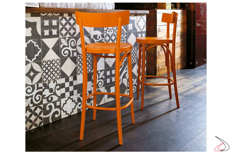 Sgabello arancione in legno di faggio di design per bancone bar