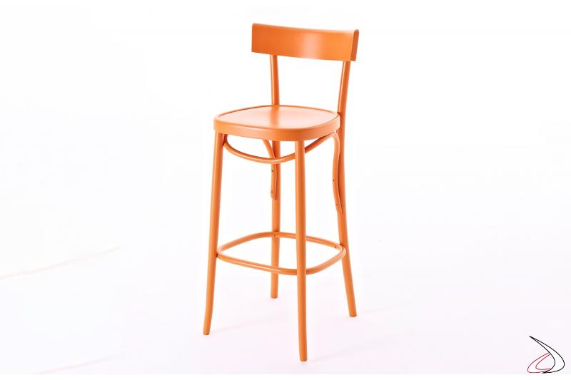 Sgabello per bancone cucina in legno di faggio colorato in arancio mandarino
