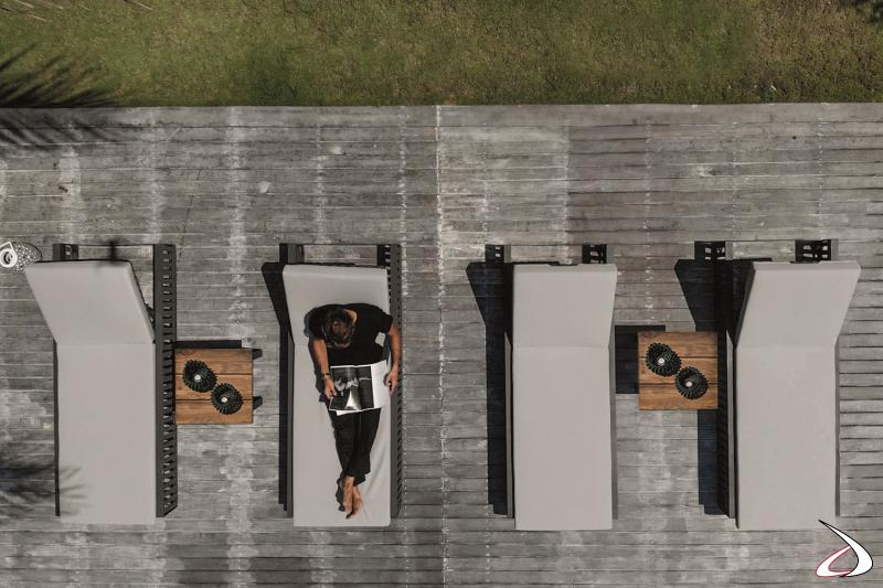 Lettini prendisole di design con cuscino imbottito e schienale regolabile