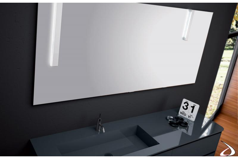 Specchiera bagno con lampade a led