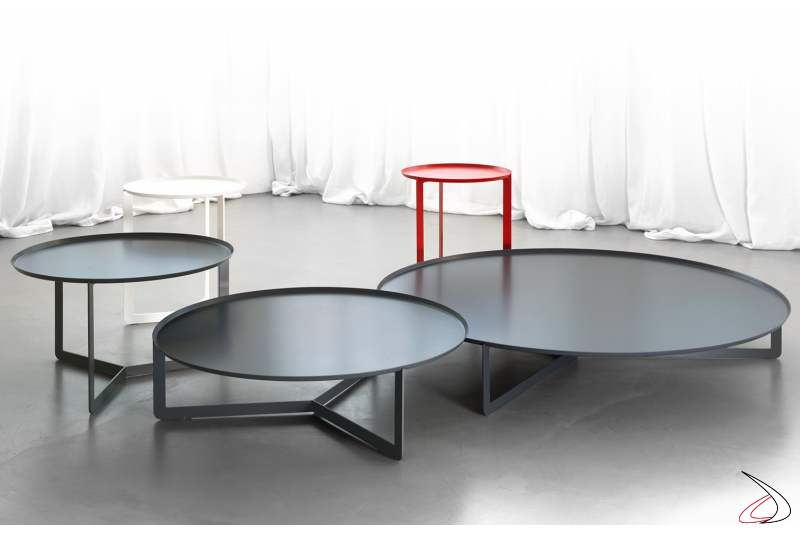 Design coffee tables in metal