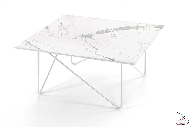 Tavolino Shape quadrato con piano in vetro finitura marmo bianco Fiorentino.