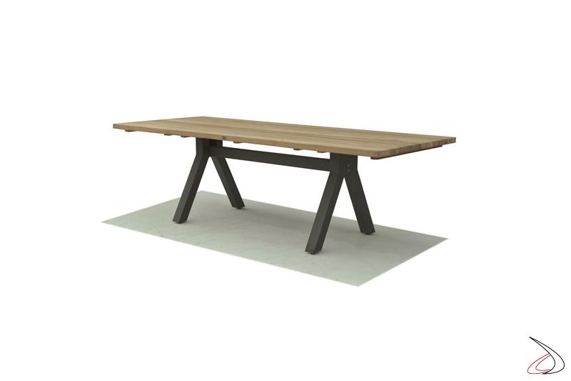 Tavolo Rettangolare Alaska per dieci posti a sedere Top in legno massello di Teak e gambe in alluminio verniciato.