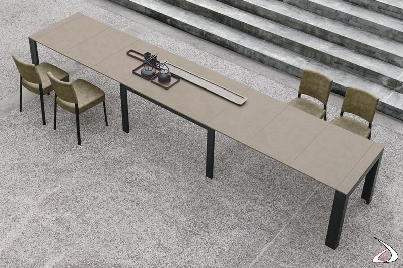 Tavolo allungabile fino a 5 metri