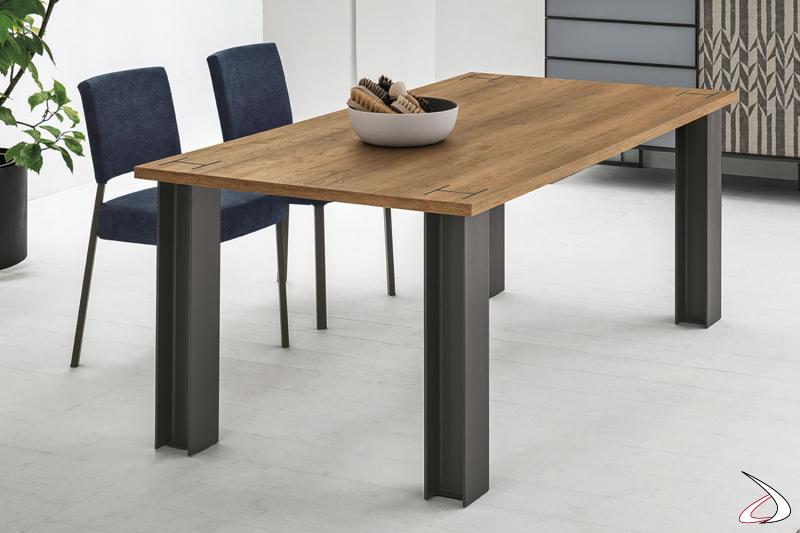 Tavolo moderno fisso o allungabile Putil