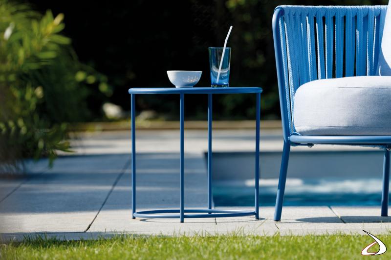Tavolino in metallo azzurro Desiree