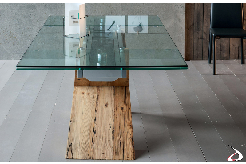 Table with wood structure, flat and transparent glass extensions