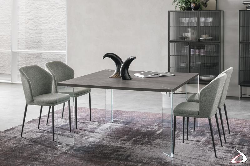 Tavolo con gambe in cristallo Crete