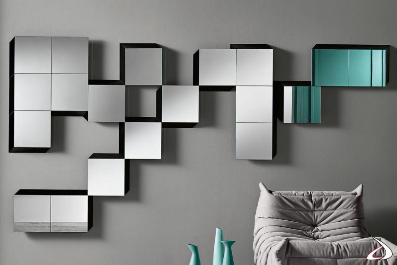 Specchio moderno e modulare, che si caratterizza per la sua cornice in legno che dà un effetto tridimensionale all'arredo.