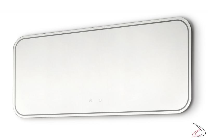 Specchiera grande di design con angoli arrotondati e bordo retroilluminato a led
