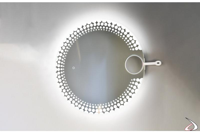 Specchiera design rotonda retroilluminata con specchietto ingranditore removibile