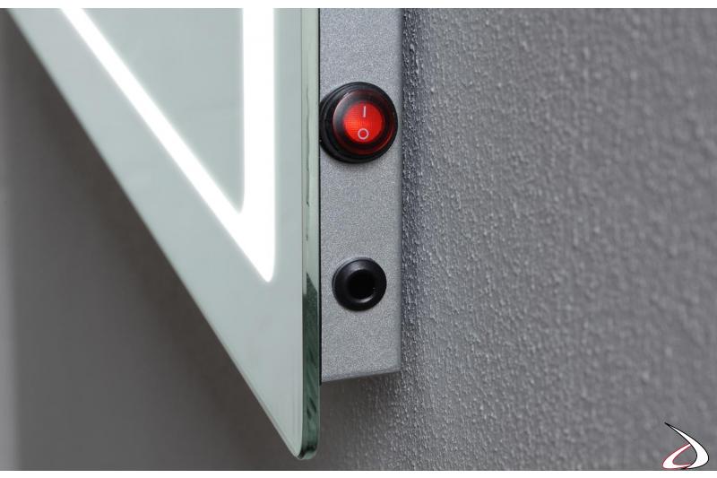 Interruttori per luci led e funzione antiappannamento