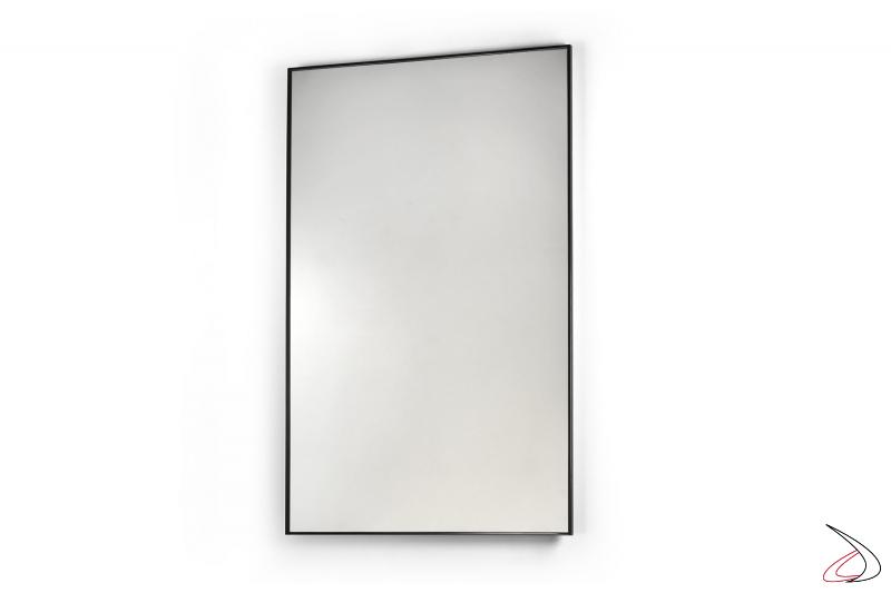 Specchio rettangolare verticale con sottile cornice in acciaio nero opaco