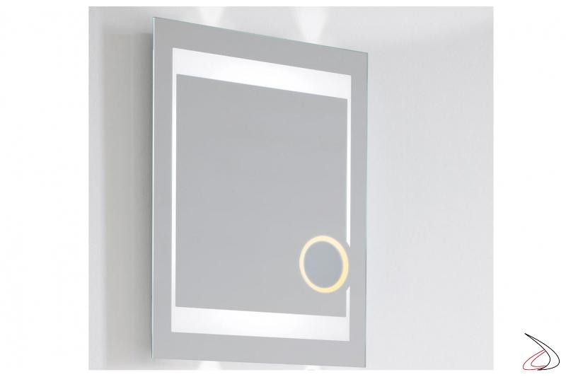 Specchio con ingranditore 3X retroilluminato e funzione antiappannamento