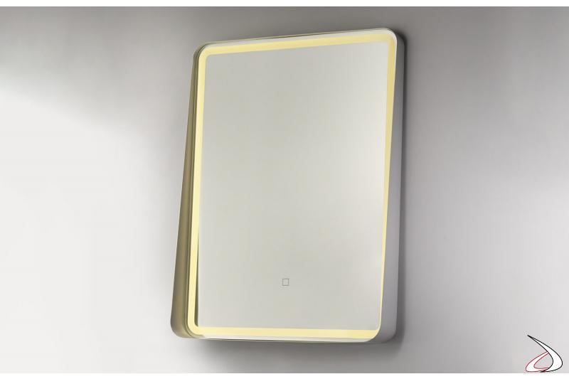 Specchio moderno con cornice in metallo bianco e funzione antiappannamento