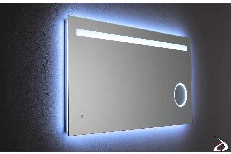 Specchio ingranditore con luce led fredda 6000K