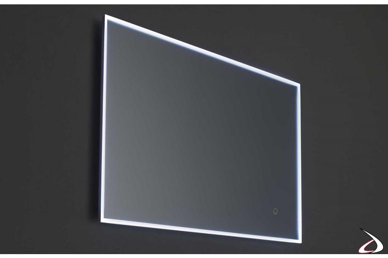 Specchio moderno con luce led e antiappannamento